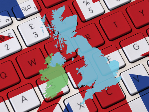 British keyboard and UK map